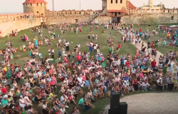 День Государственного флага России торжественно отметили в Бендерской крепости