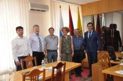 В Бендерах состоялась встреча руководства города с доктором права из Швейцарии