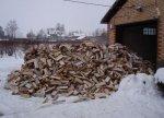 Во время холодов в городе нуждающимся помогают дровами
