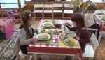 В День защиты детей порадовали бендерских малышей специалисты городского Управления по питанию