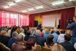 Президент Евгений Шевчук провел встречу с жителями микрорайона «Солнечный»
