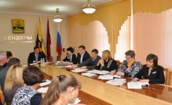 Глава администрации Роман Иванченко провел очередное аппаратное совещание