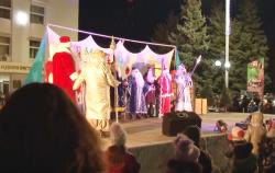 Торжественное открытие Новогодних елок