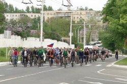 Участники международного веломарша «Знамя Победы» посетили Бендеры