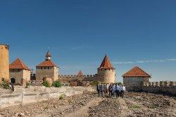 Глава государства проинспектировал ход строительных работ на стадионе «Динамо» и в Бендерской крепости