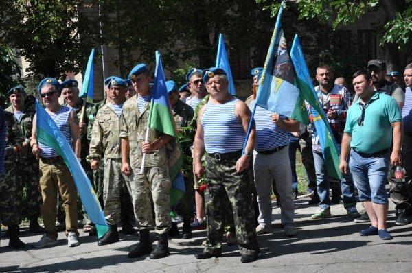 В Бендерах отметили День воздушно-десантных войск