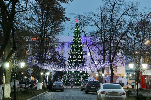 Бендеры заняли второе место в республиканском конкурсе на лучшее новогоднее и рождественское оформление городов и районов