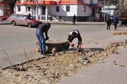 По улице Лазо на участке от Калинина до Советской ведутся работы по замене коллектора