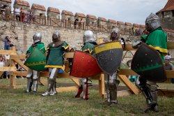 Назад в Средневековье. В цитадели Бендерской крепости прошел фестиваль исторического боя