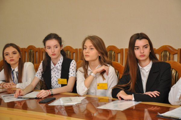 День дублера: симбиоз молодежи и власти