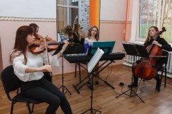 Первая музыкальная школа отметила 75-летний юбилей