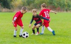 Футбольная секция объявляет набор ребят от 6 до 9 лет