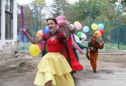 В парке Горького появилась новая детская площадка