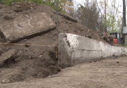 В Бендерах продолжают благоустраивать новый пляж и ремонтировать дороги