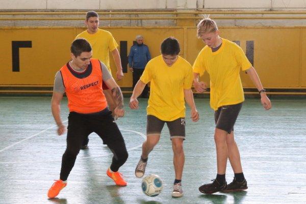 В Бендерах ко Дню защитника Отечества приурочили мини-футбольный турнир