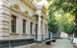 Историко-краеведческий музей и еще несколько объектов оборудуют пандусами
