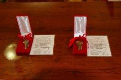 В госадминистрации сегодня вручили ключи от квартир сиротам