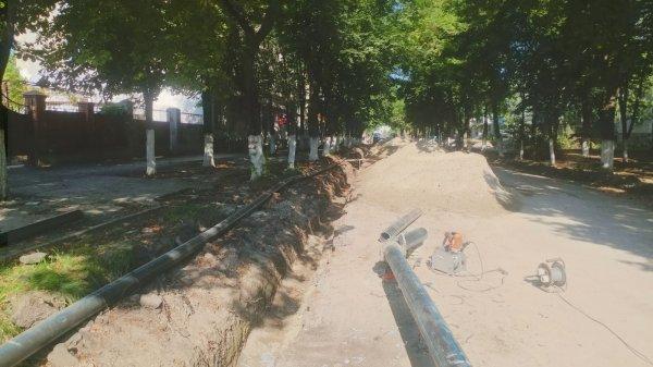 В Бендерах на улице Ленина большая стройка